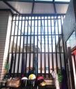 格柵造型隔間鐵窗含底部封板