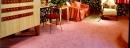 如何清除地毯上的紅酒?