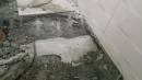 浴室 糞管破裂及地板排水孔施工不良