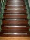 樓梯塑膠地磚施工後.