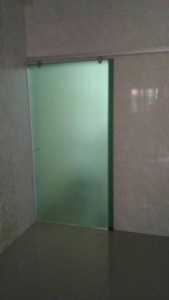 無框橫拉浴廁門