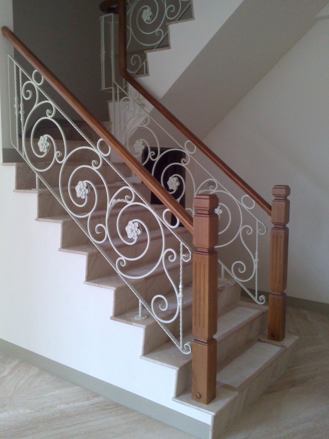 簡約鍛造樓梯扶手