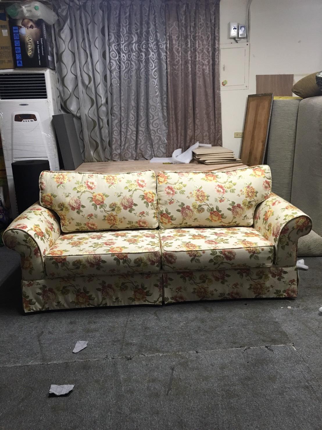 沙發修理翻新