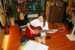 民謠吉他課程