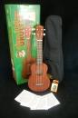 夏威夷品牌Leolani烏克麗麗21吋禮盒超值組