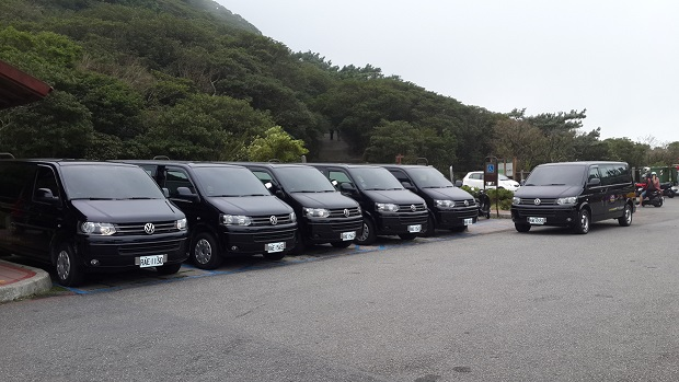 Airport- Hotel-Airport VAN Service with Halfday Taipei City Tour