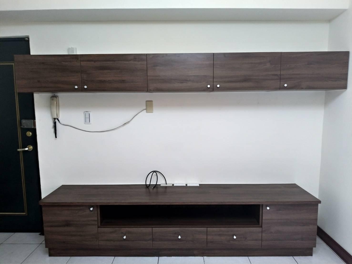 系統櫥櫃電視牆
