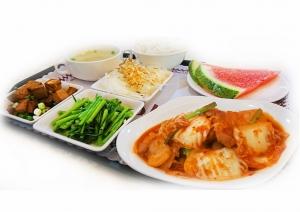 泡菜五花肉餐