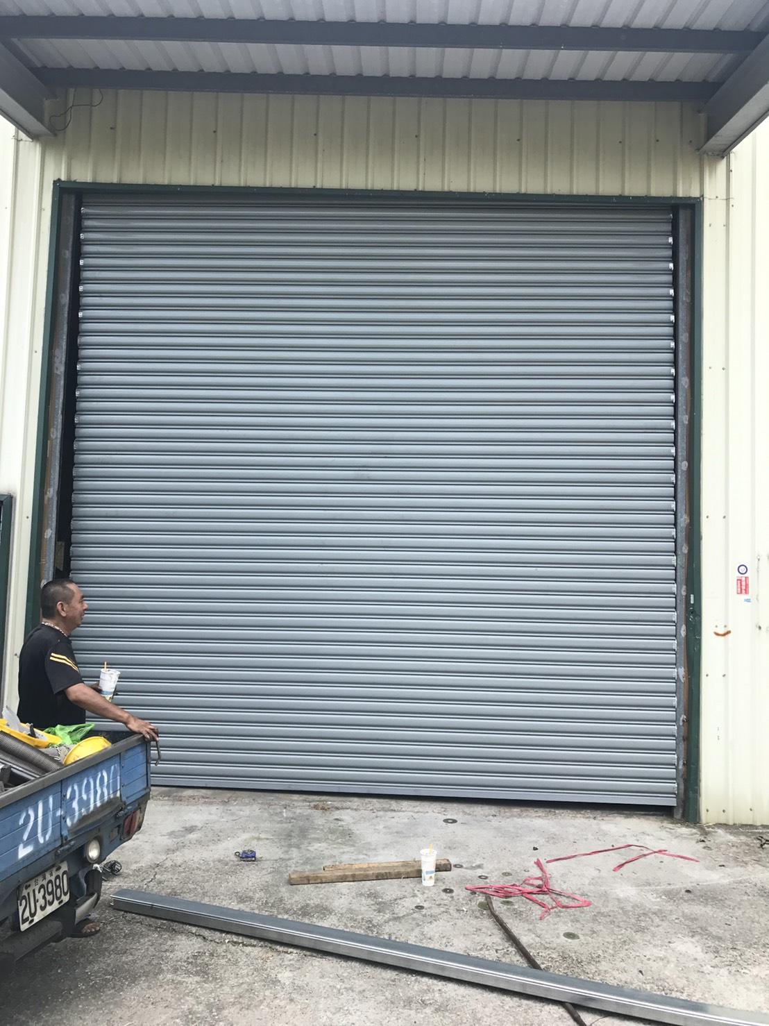 門片變型換新門片,門維修鐵捲門,維修捲門馬達,維修電動捲門