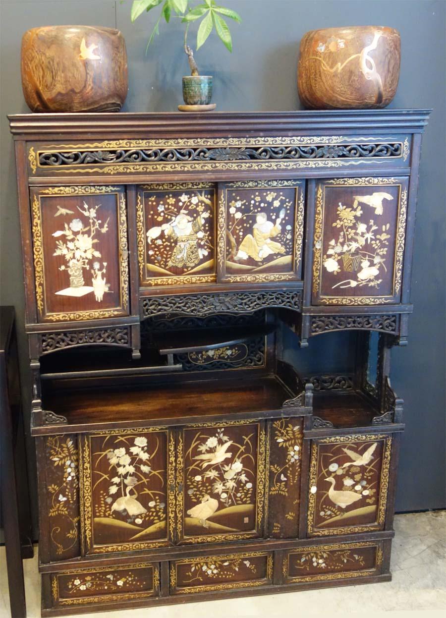 古物雕花木櫃