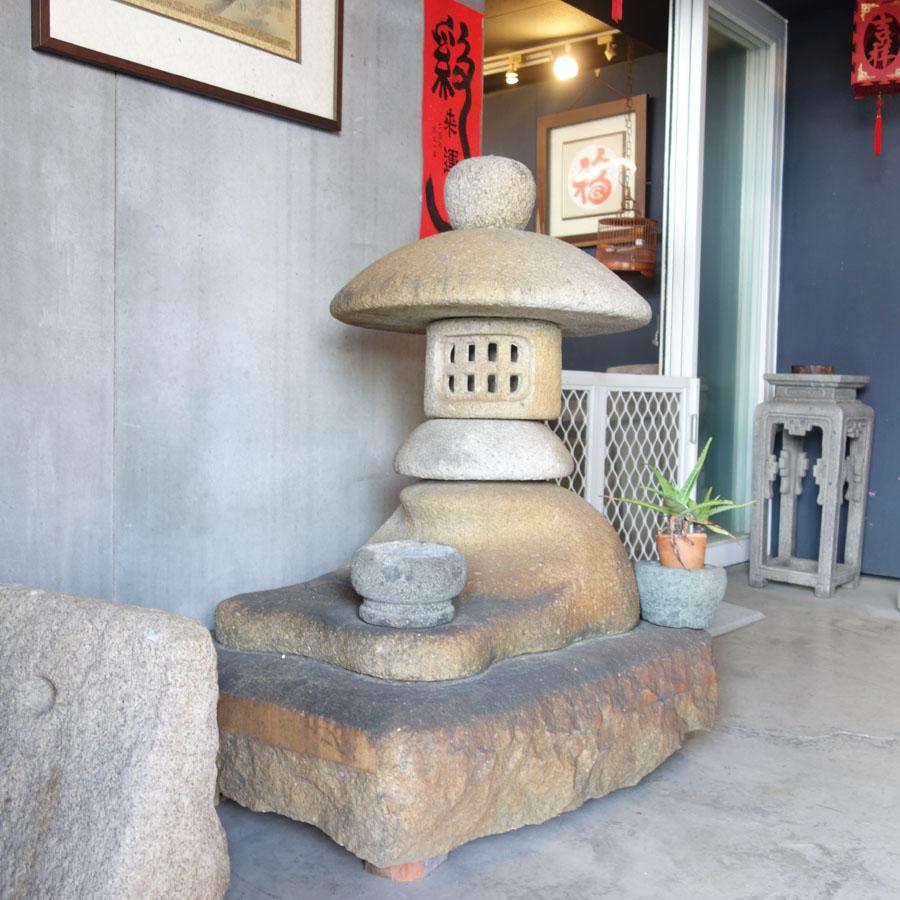 石砌日式庭燈造型