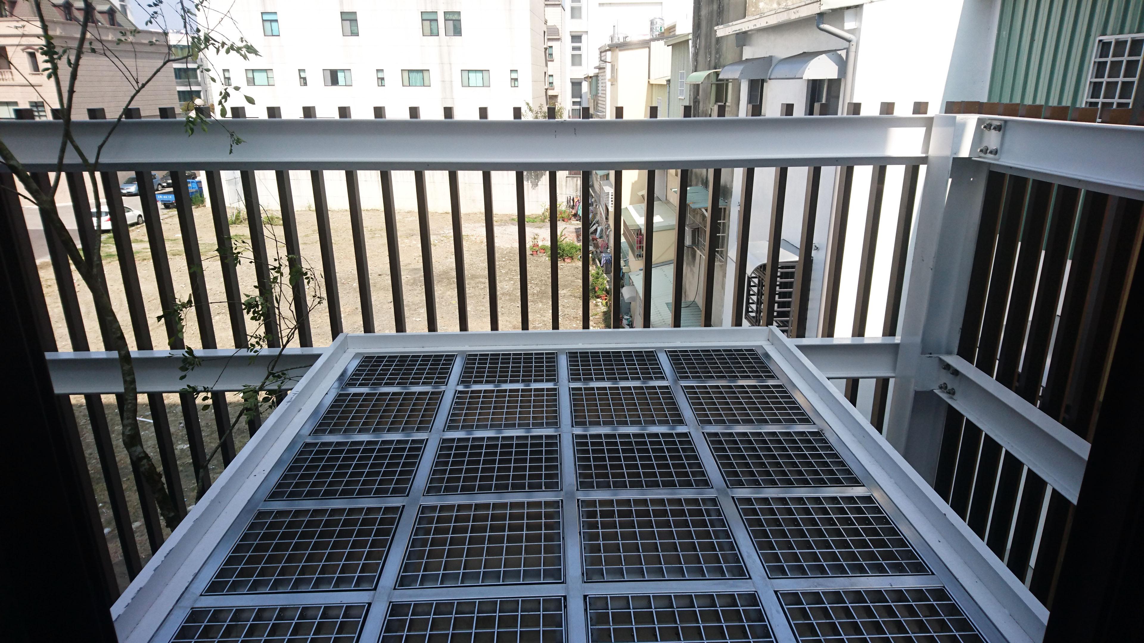 空橋-不銹鋼格柵踏板