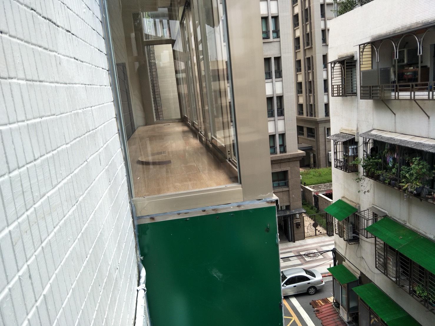 台北市住家室內裝潢衣櫃系統櫃木工 (34)