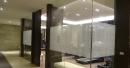 台北公司玻璃門窗壁防撞割字貼圖門飾