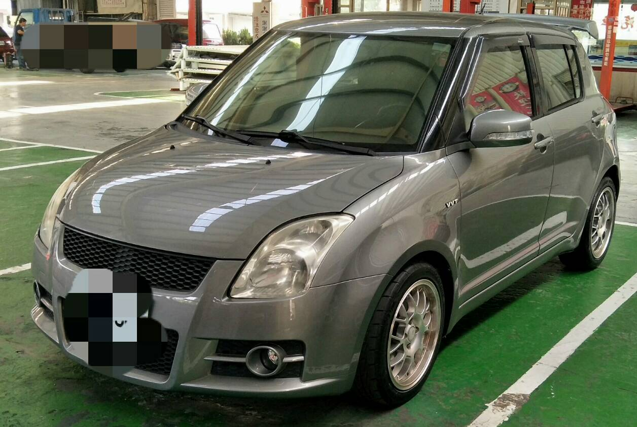 SUZUKI  Swift-1.5