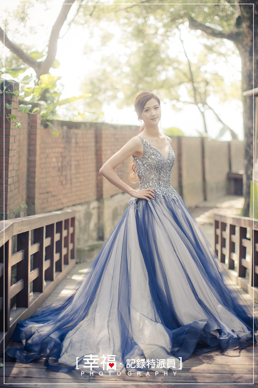 (新入店)深藍V領璀璨蓬裙