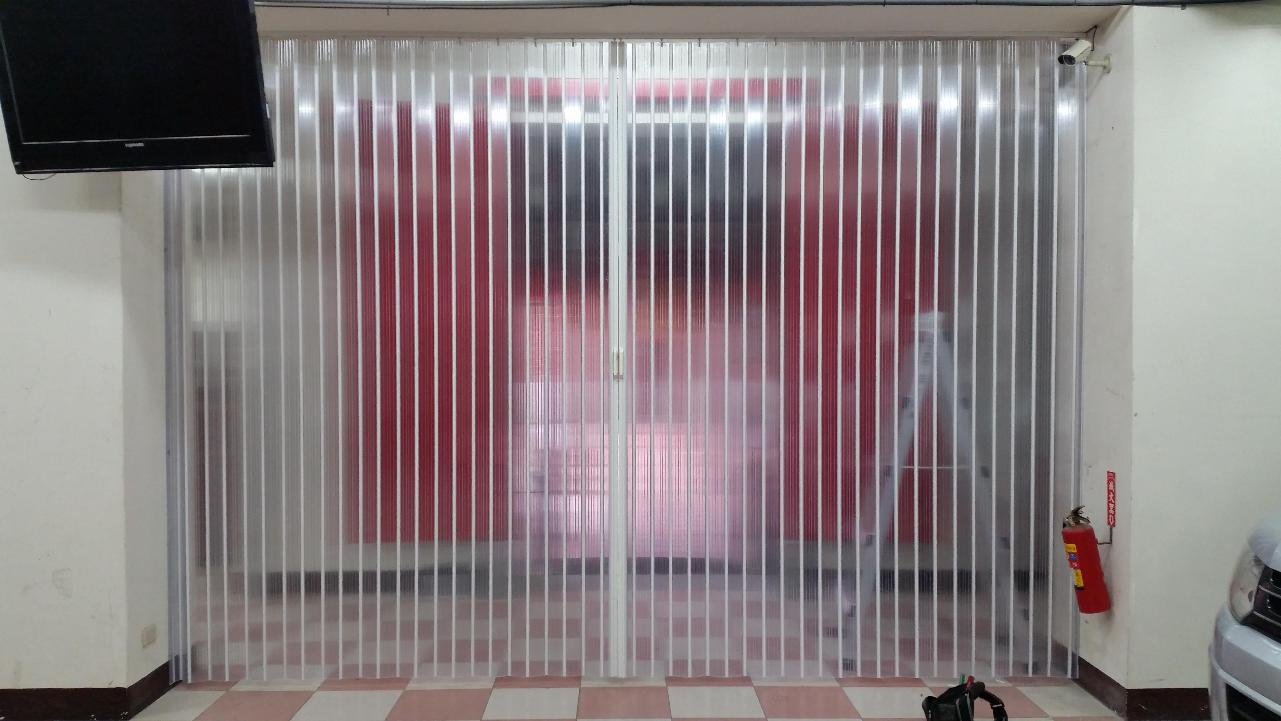 透明塑膠簾 (1)