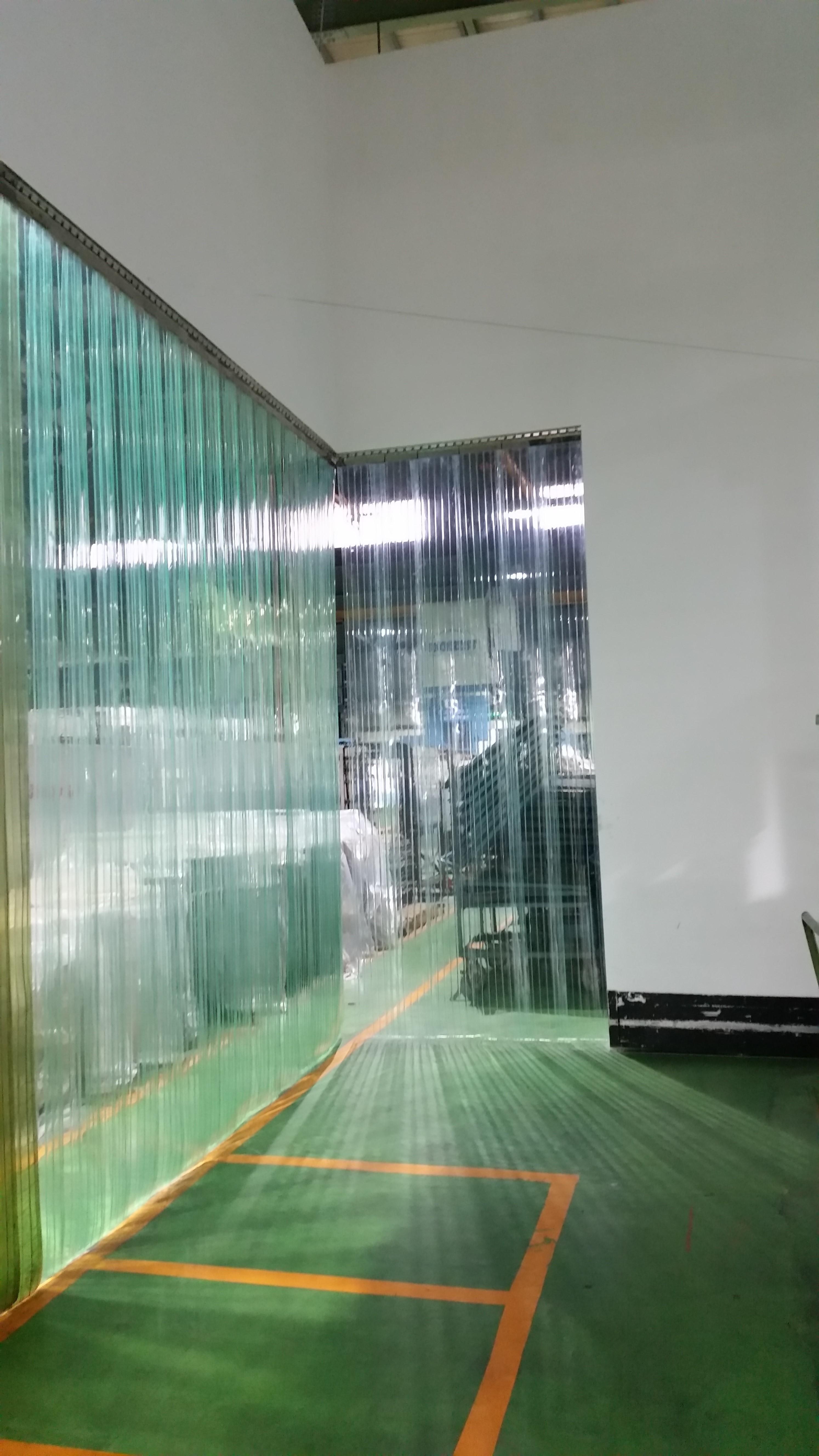 透明塑膠簾 (2)