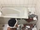 舊浴缸打除2