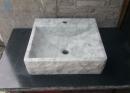 小雕刻白大理石盆