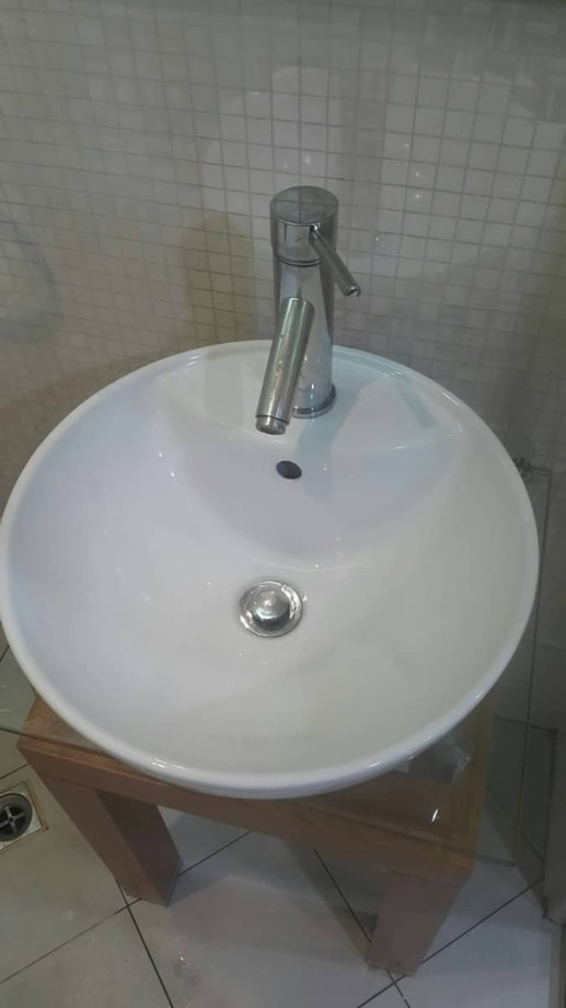台中住家裝潢後細緻清潔(浴室篇)