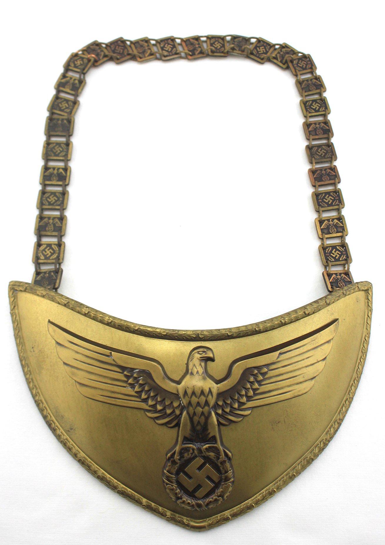 [已售出 SOLD] 納粹德國政治單位旗杆手執勤胸牌