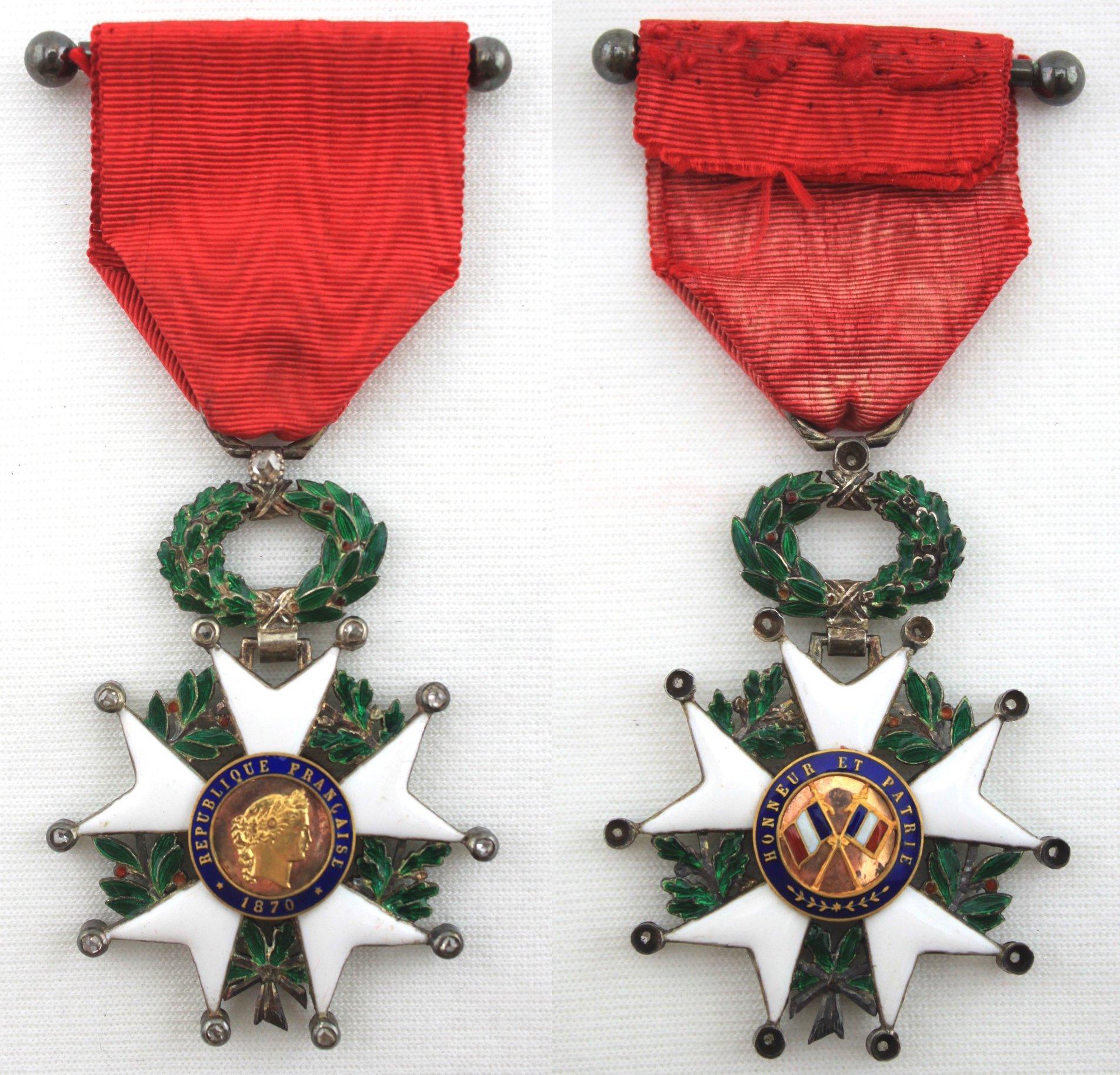 騎士級(Chevalier )法國榮譽軍團獎章 鑲鑽石版本