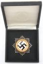 盒裝金級大德意志十字勳章。打標20號 C.F. Zimmermann作品