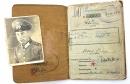 非常罕見! 二戰德軍資深伍長Albert Stugg 軍人證 (Soldbuch) 銀近戰勳得主!