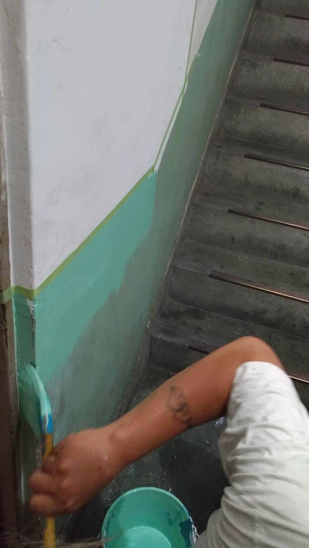 新北市土城中央路電梯口牆面磁磚更換,走廊油漆粉刷 (4)