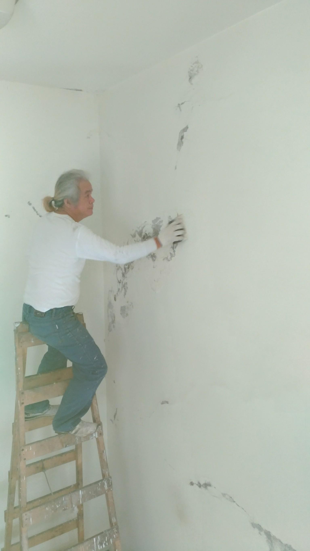新北市住家牆面壁癌處處理油漆粉刷 (24)