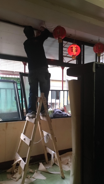 新北市板橋大觀路壁紙拆除,全室油漆粉刷,地磚磁磚修補 (36)