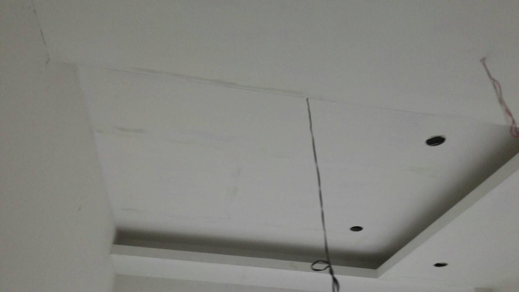 台北住家天花板油漆粉刷