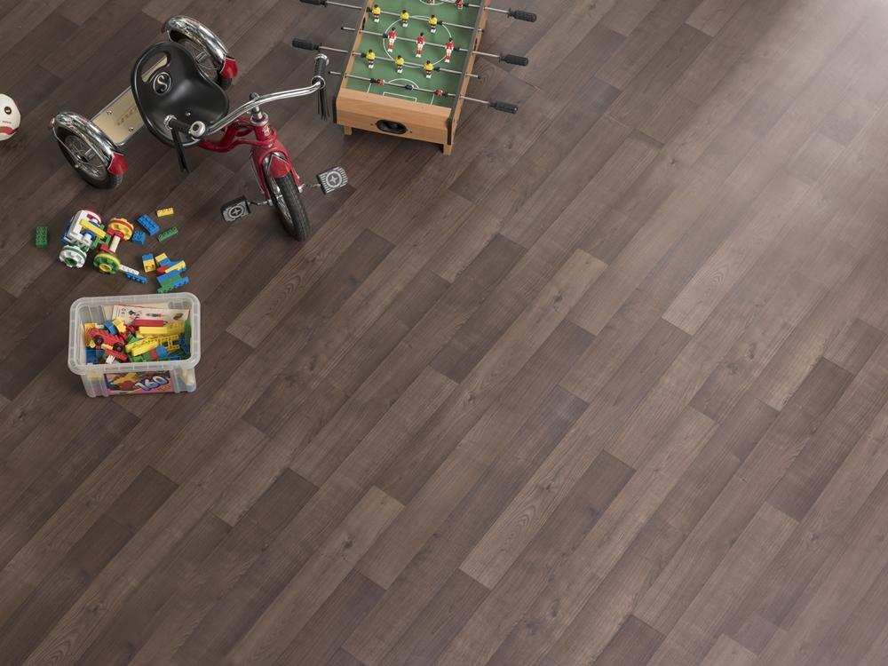 070 淺色木紋地板