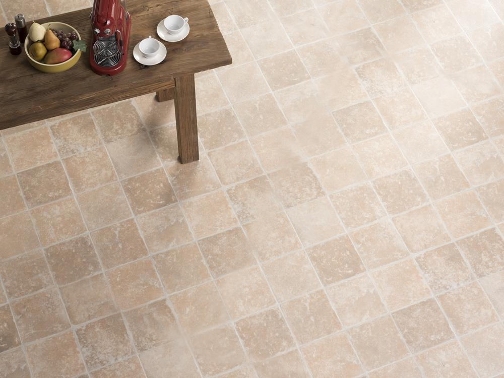 181 淺色木紋地板