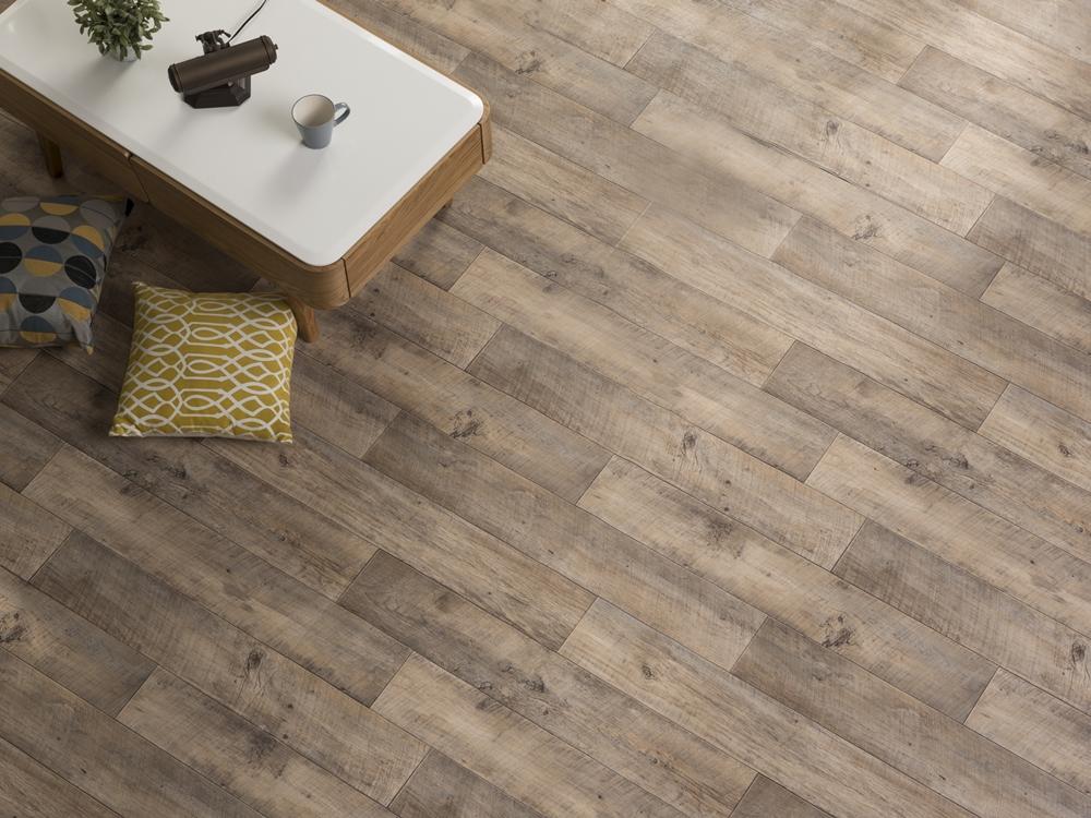 267 淺色木紋地板