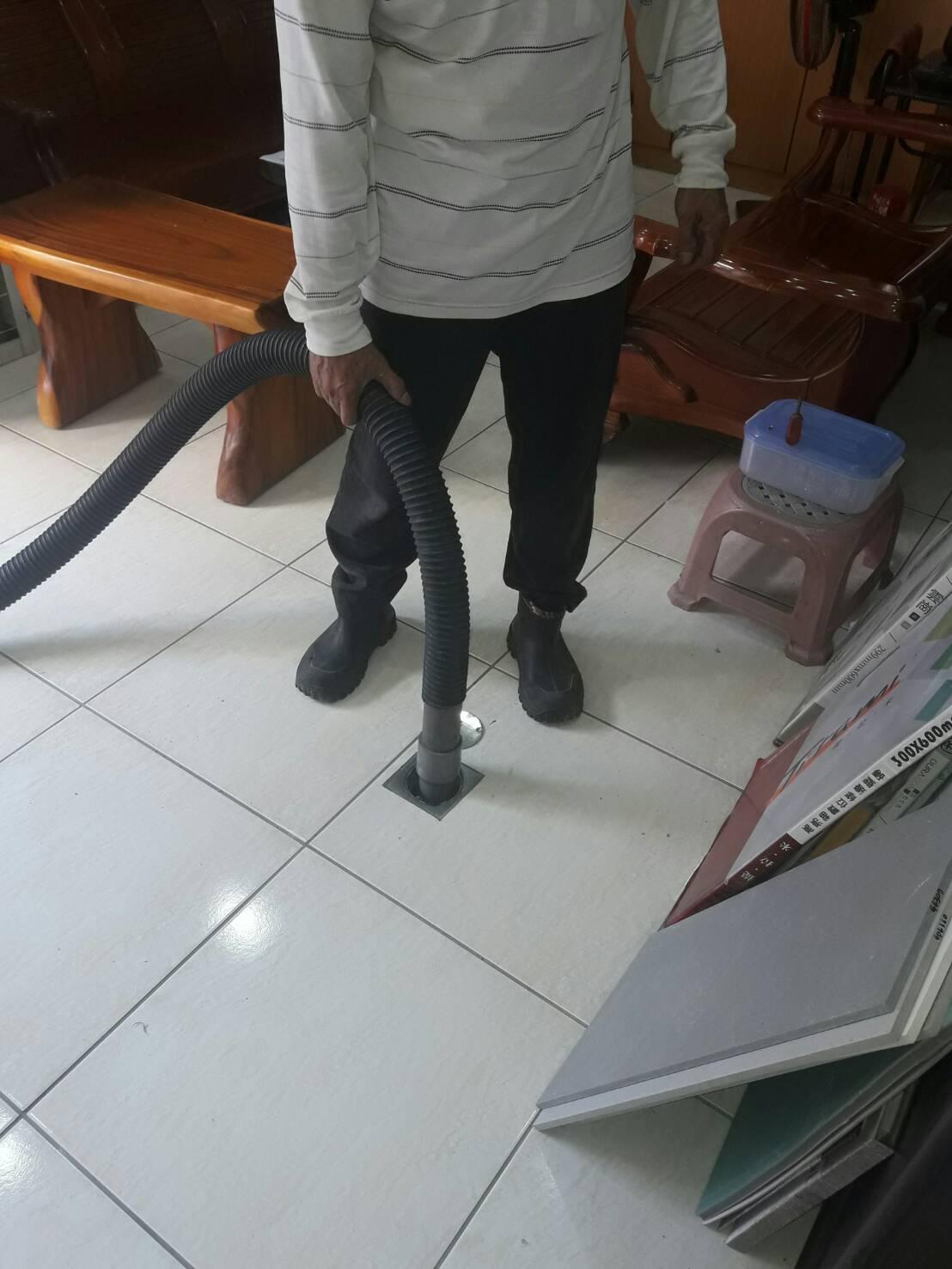 台中通水管,台中通馬桶,台中抽化糞池,台中水溝清潔