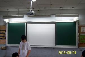 開閉式電子白板施工服務-01