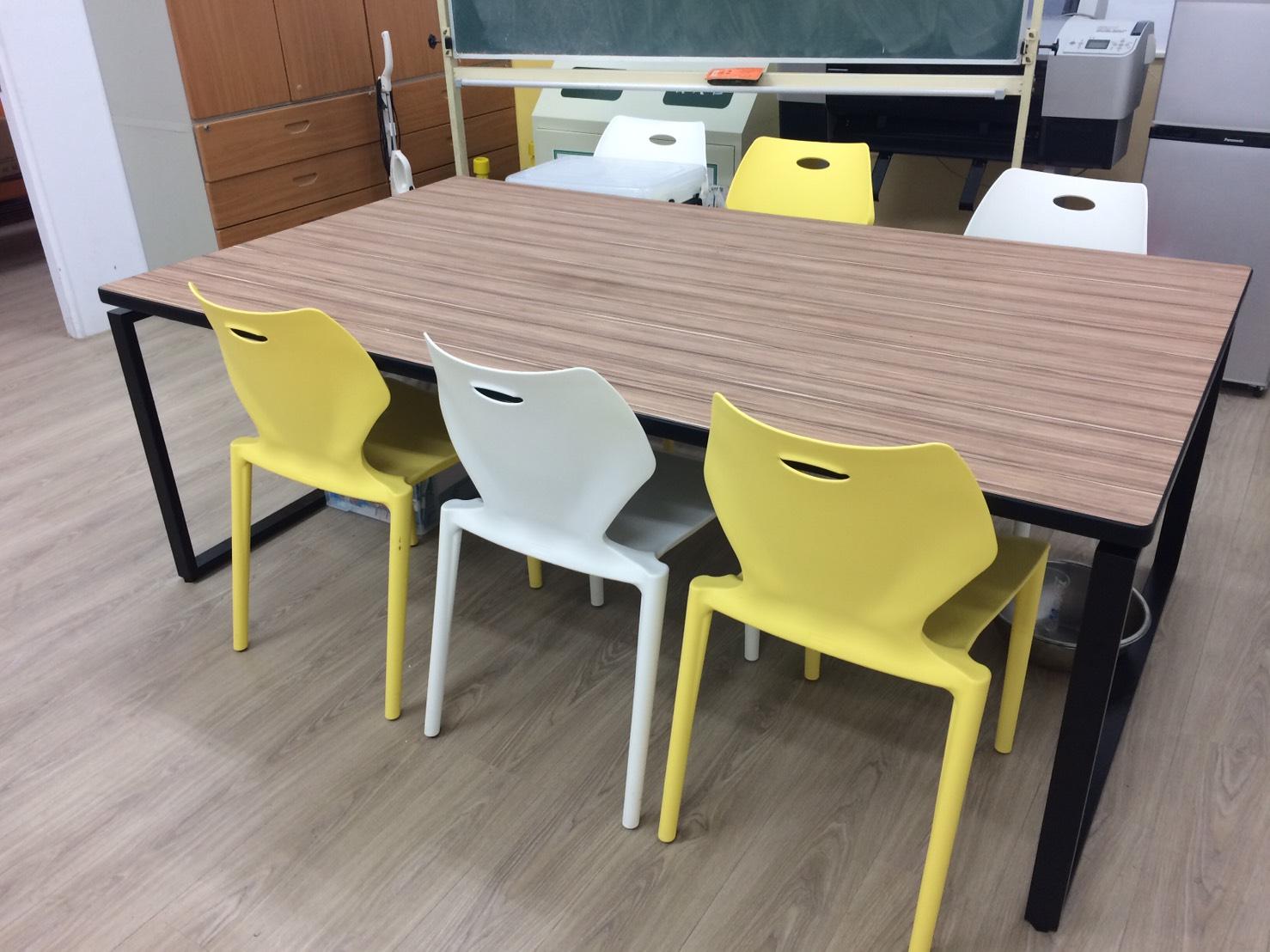 會議桌  (1)