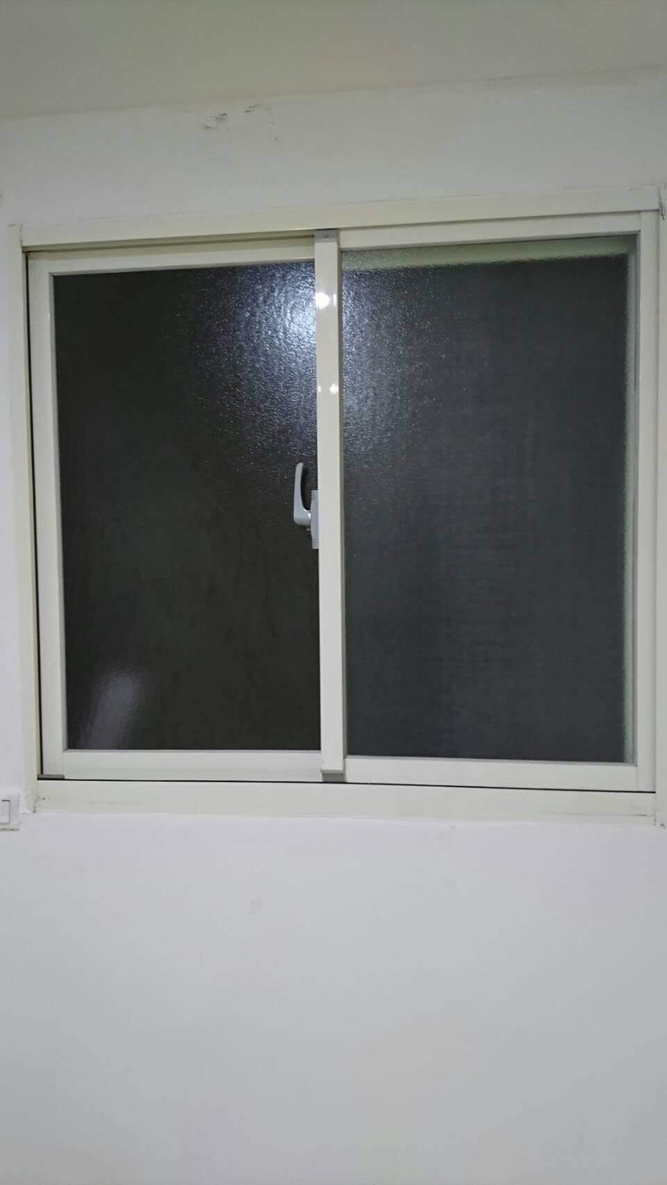 基隆路窗戶-2
