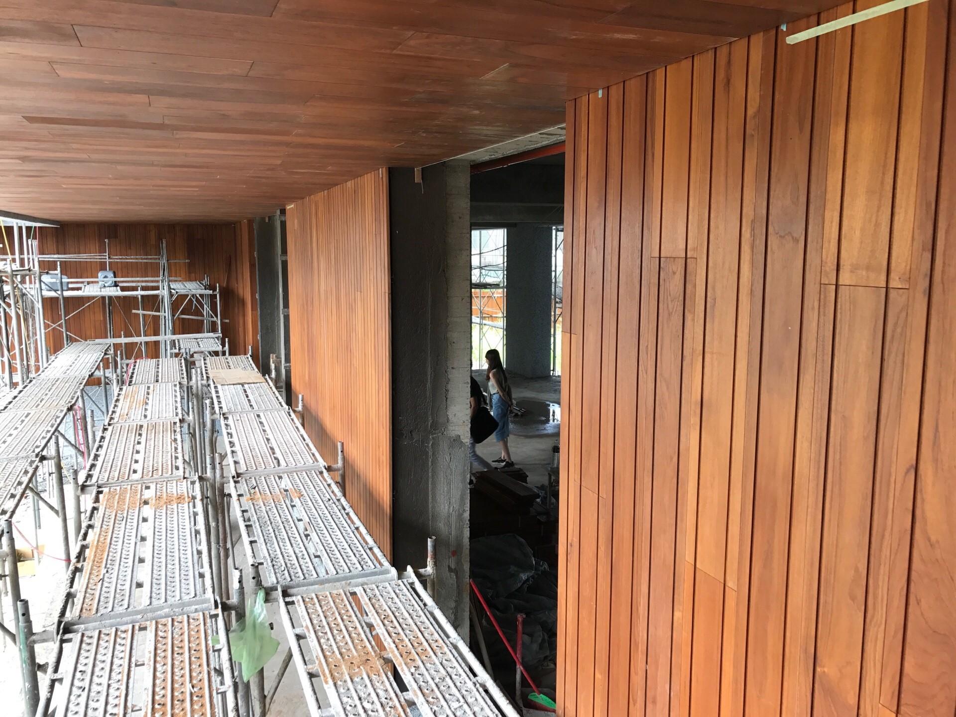緬甸柚木實木-牆面施工