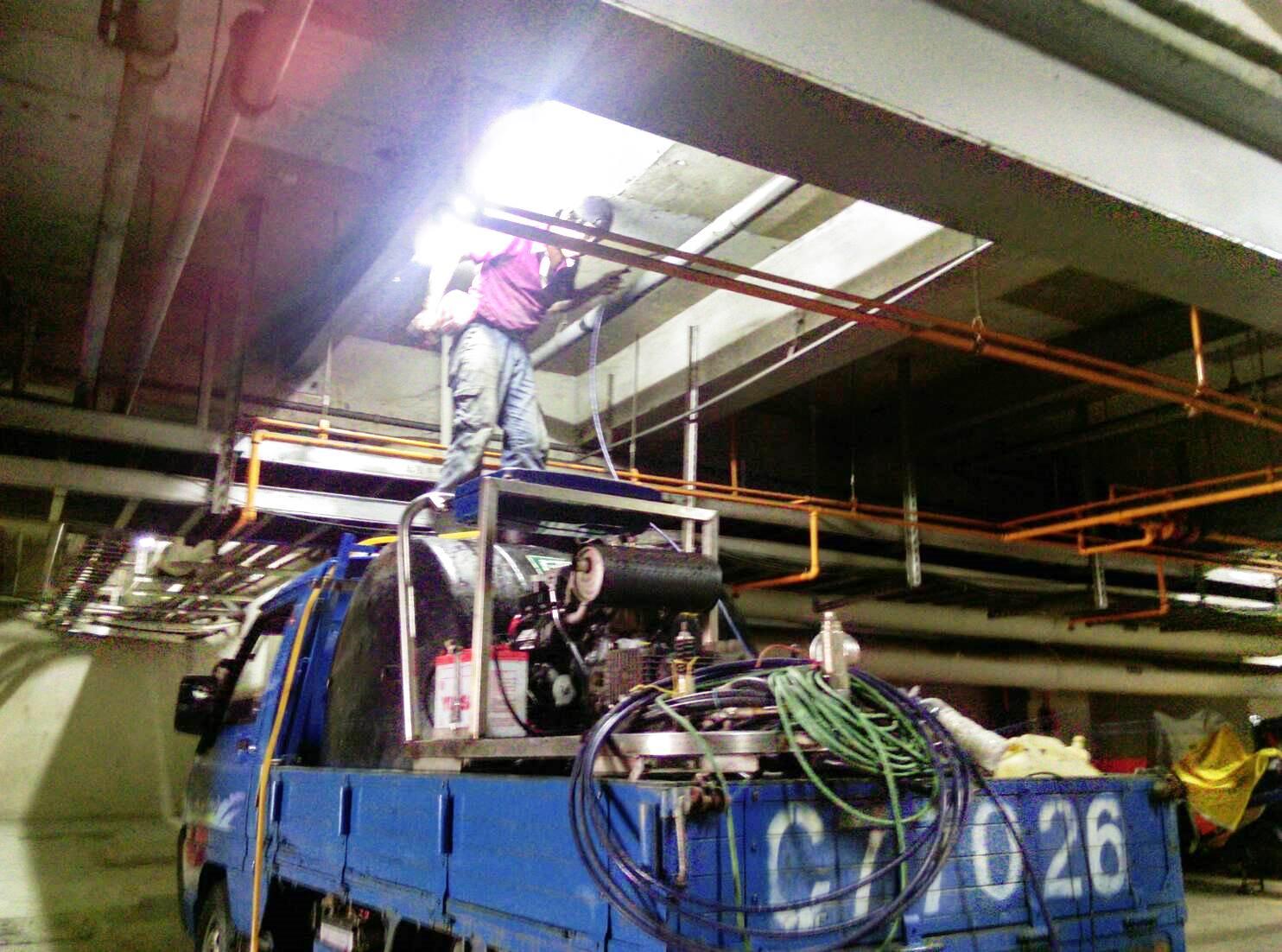 科技廠排水幹管水刀清洗