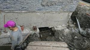 樓房傾斜扶正工程 (2)