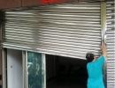 修理鐵捲門卡住脫軌.白鐵門.不鏽鋼鐵捲門.鐵捲門馬達