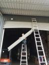 太平鐵捲門維修, 鐵捲門撞凹修理, 捲門脫軌變形, 門片更換價格, 台中24H鐵門維修