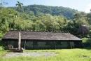 大武山休閒農場-附近景點石板屋