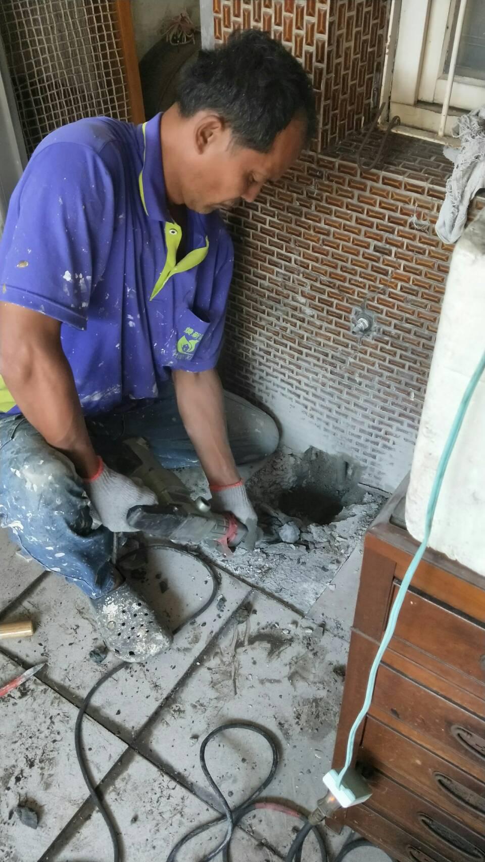 儀器測漏,精準抓到自來水管漏水點