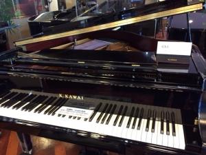 日本新宿KAWAI公司 參觀鋼琴2