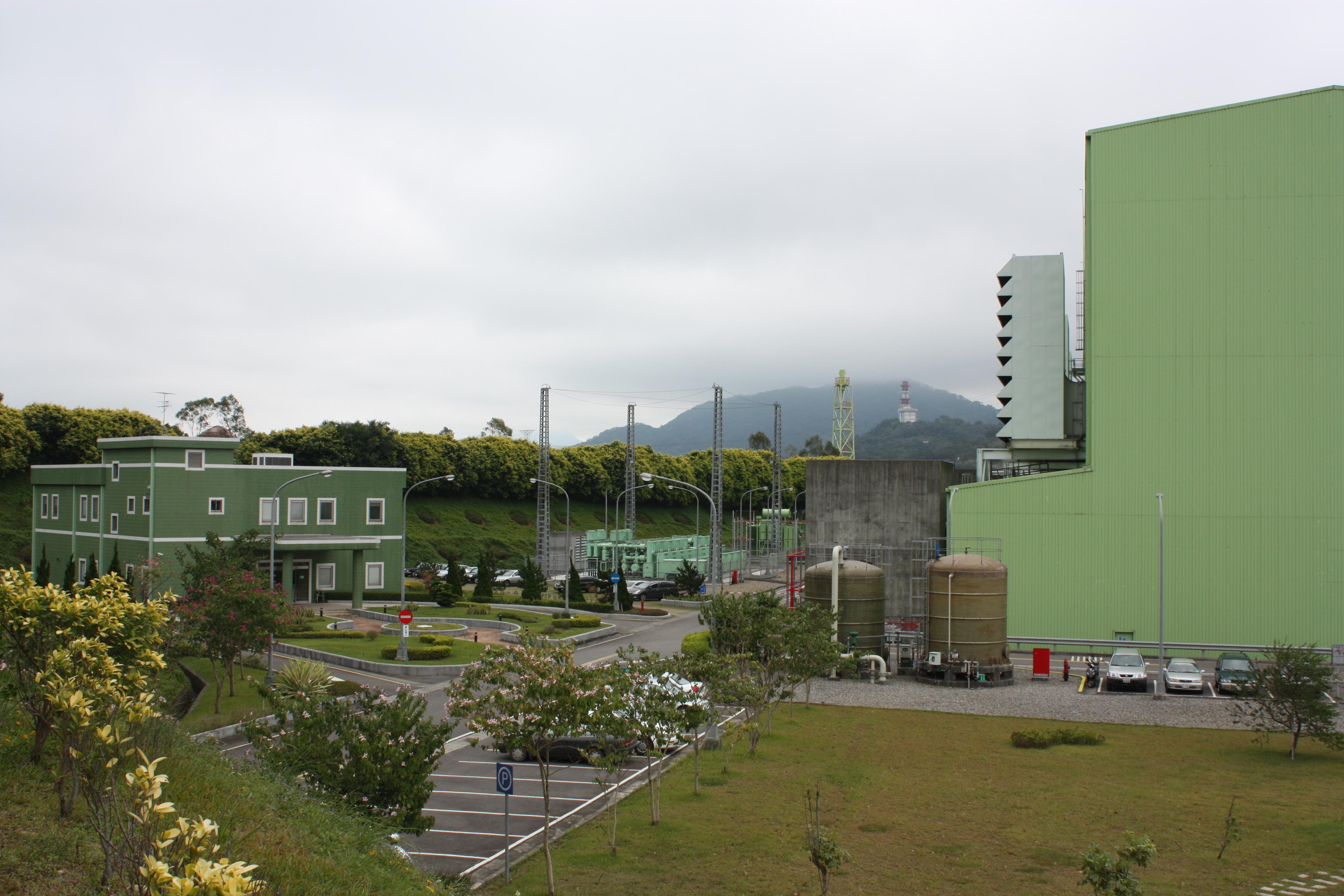 IMG_4540廠區小公園.JPG