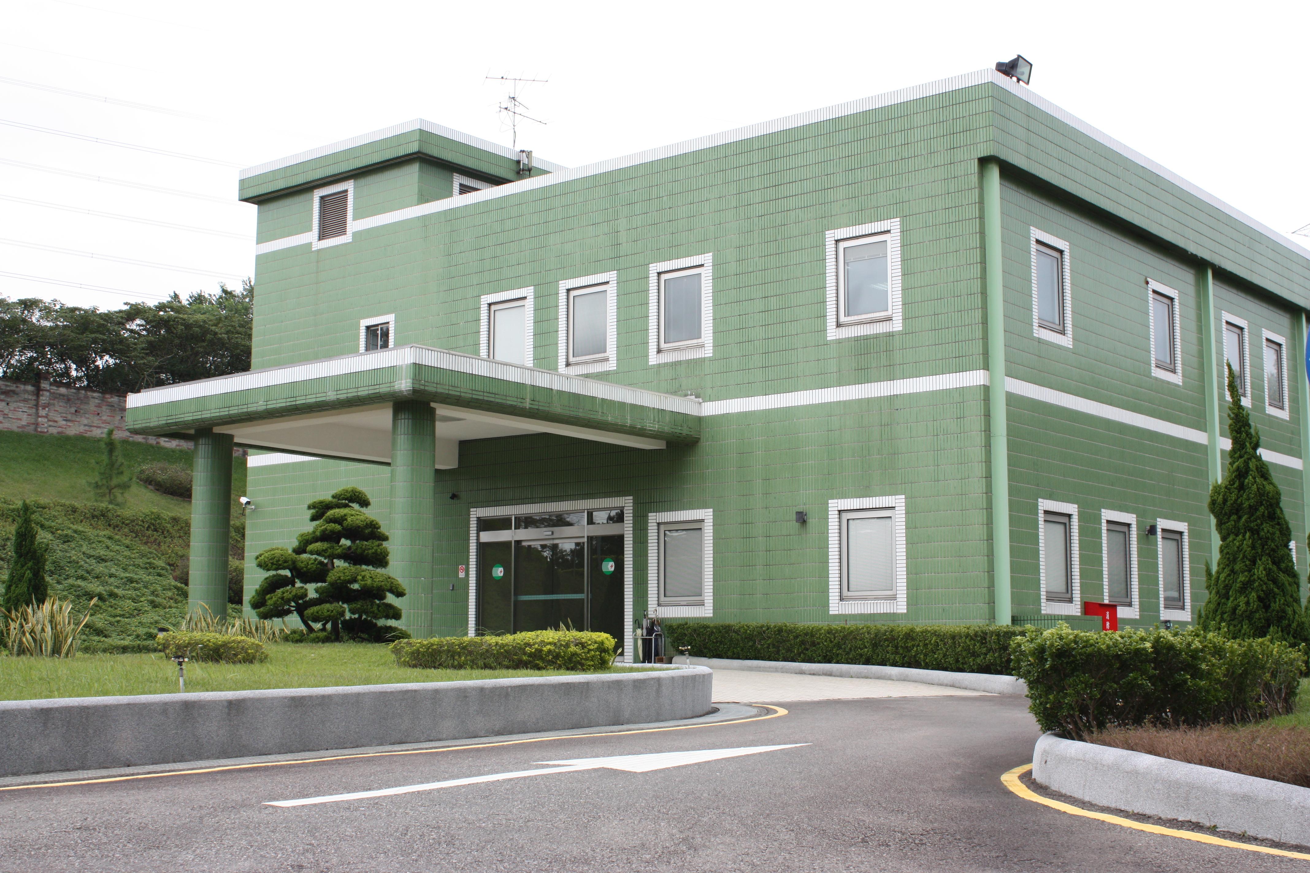 IMG_4446(行政大樓).JPG